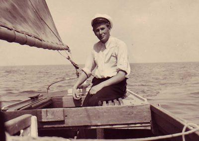 Jürgen-Petersen-auf-seinem-1.-Boot
